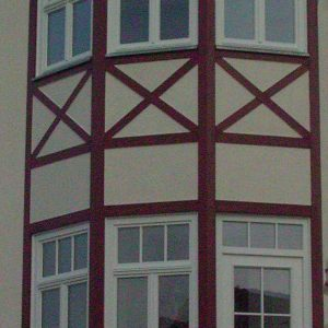 neue Fenster in denkmalgeschützte Villa